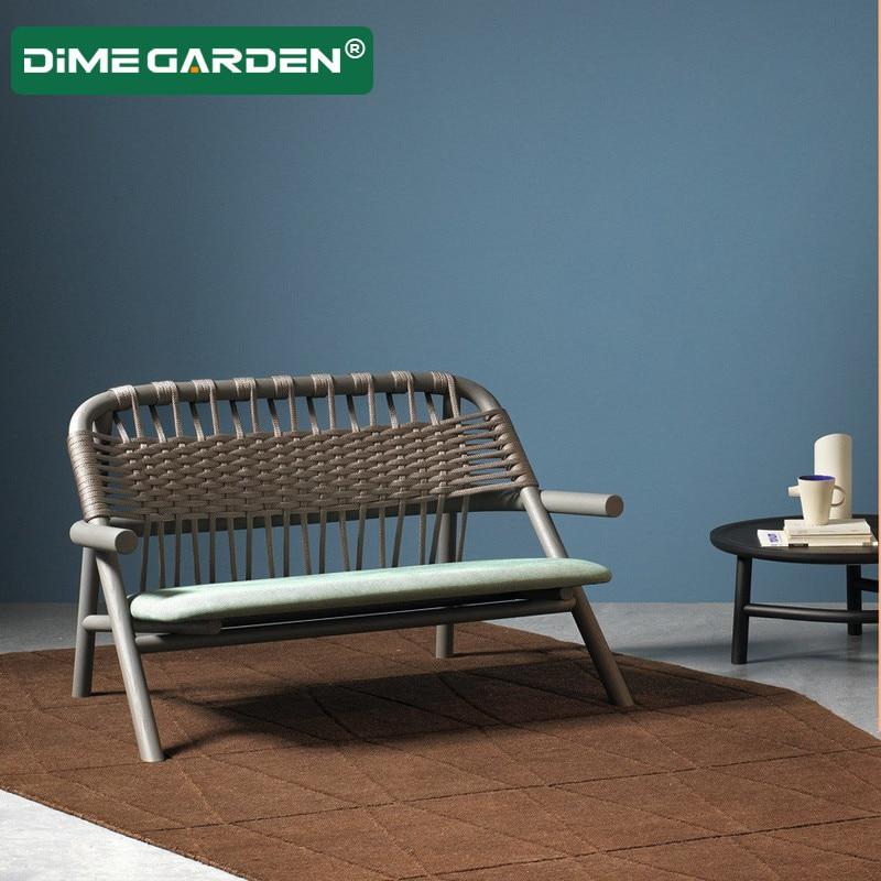 شرفة أريكة الروطان أثاث ترفيهي غرفة خفيفة خشب متين مصمم في الهواء الطلق مسند الظهر كسول كرسي متأرجح طاولة قهوة صغيرة