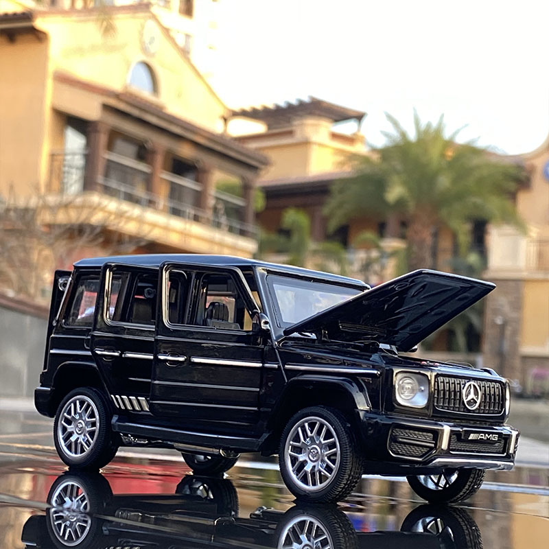 1:32 Benzs G63 SUV Alloy Car Model Diecast Metal Off-road Vehicles Toy Car Model Simulation Sound Light Collection Kids Toy Gift недорого
