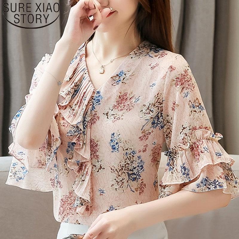 2019 Fashion Women Elegant Chiffon Shirt Short Sleeve V-neck Women Tops Ruffles Flare Sleeve Casual Floral Ruffle Blouse 5389 50