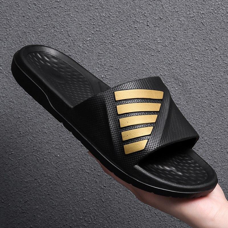 2021 Summer Plus Size Men's Flip Flops Black Set Feet Open Toe Leisure Summer Beach Sandals and Slippers