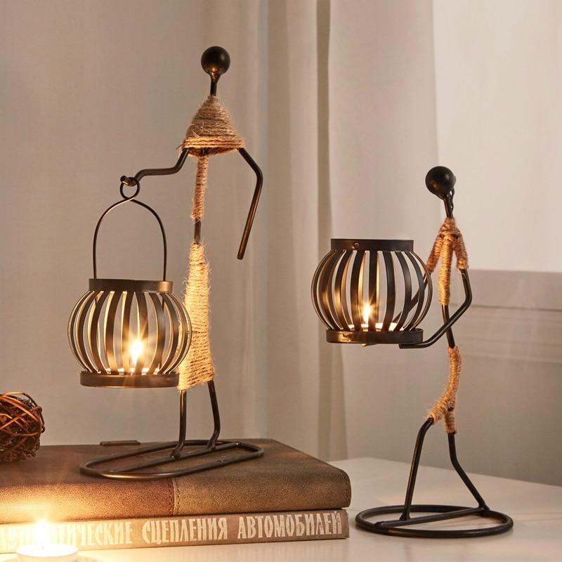 Candelabro de Metal Vintage para decoración del hogar, escultura de personaje abstracto, soporte de vela, figuritas hechas a mano, regalo artístico