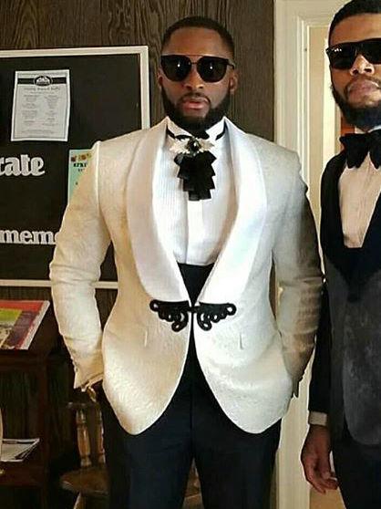 Terno 3 шт. мужские свадебные костюмы 2021 Классический белый блейзер на заказ деловые выпускные костюмы шаферы, Женихи мужской смокинг