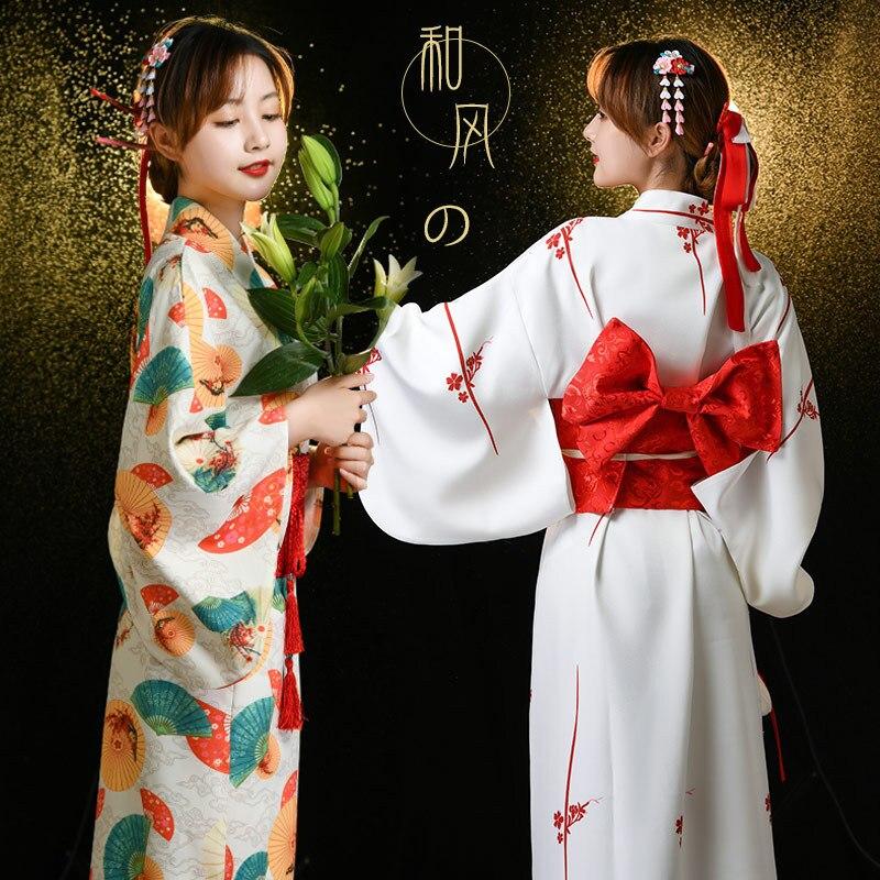النمط الياباني التقليدي كيمونو النساء السيدات الجيشا الأبيض هاوري يوكاتا Bowknot الاتجاه ملابس فضفاضة