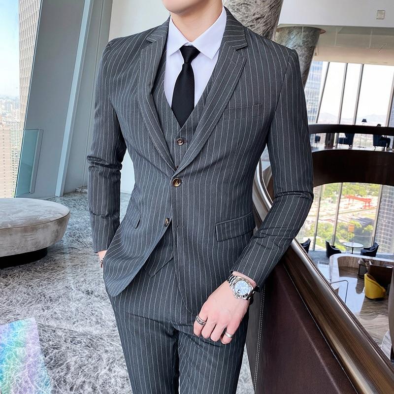 الرجال مخطط دعوى ثلاث قطع بدل زفاف للرجال سليم موضة مأدبة ملابس رسمية سهرة الأعمال عادية ملابس للرجال مجموعة