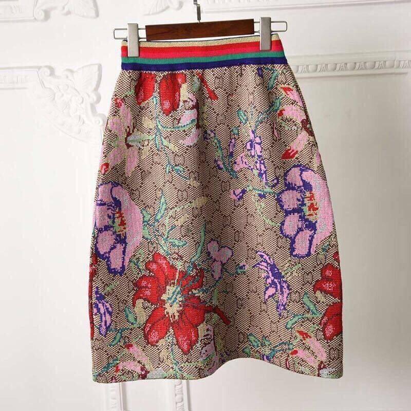 2020 summer new gold thread jacquard women's skirt, wild foreign short skirt, half skirt, knitted elastic waist