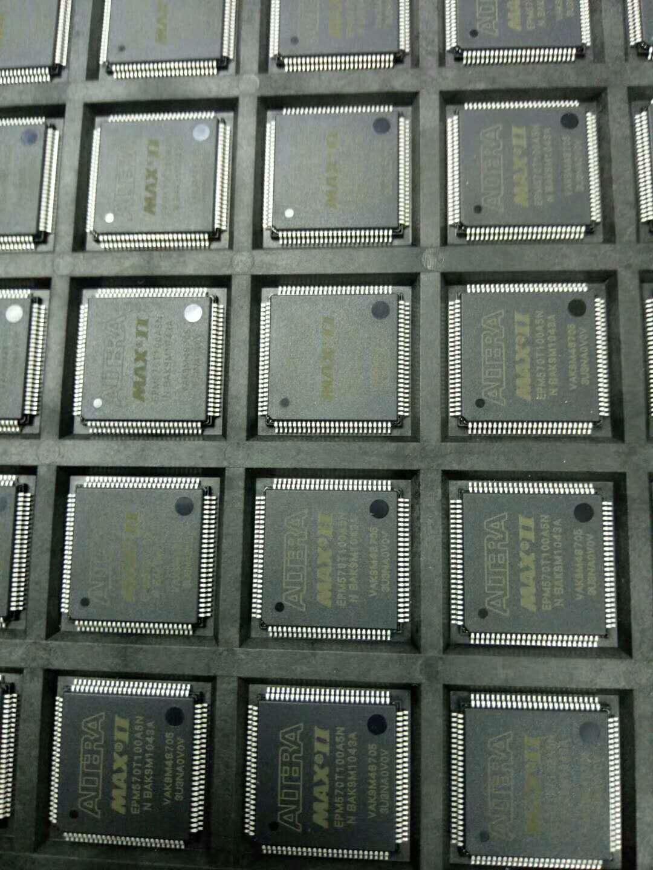 1 قطعة 100% جديد EPM570T100A5N EPM570T100 TQFP-100