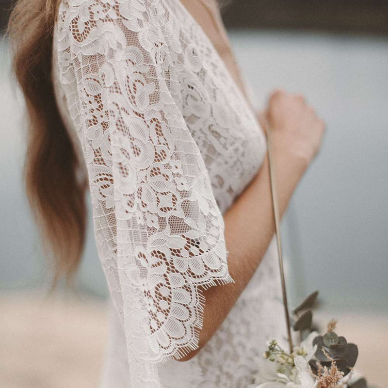 A Line Batwing Sleeves Lace Wedding Dress Beach V Neck Sheer Back Asymmetrical Drop Ship Custom Made High Slit Boho Bridal Gown