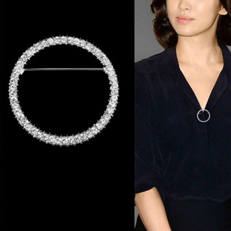 Broche de diamantes de imitación de círculo hueco a la moda, pinza para chal, bufandas, broches circulares de cristal para mujer, accesorios de regalo al por mayor