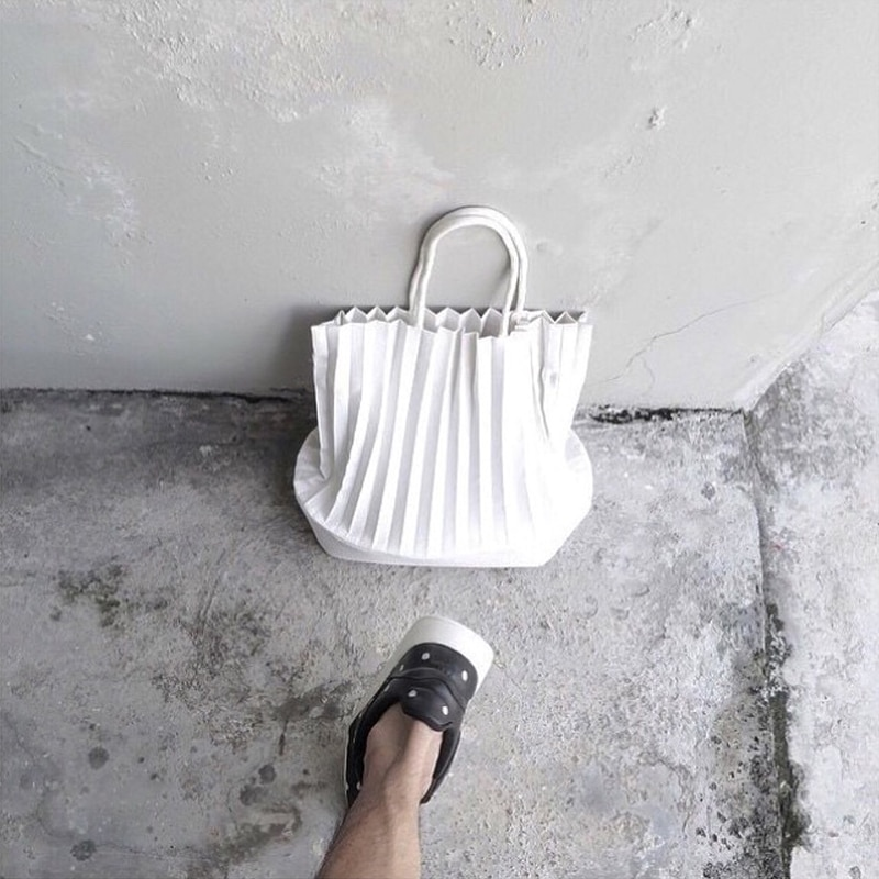 Angelatracy 2021 New All-Match Thai Solid Original Designer Brand Hand Folded Handbag Single Shoulder Bucket Totes Shopping Bags