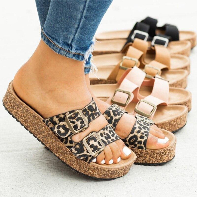 Femmes sandales 2020 décontracté pour femmes sandales plates classique pantoufles Chaussure Femme grande taille 43 talons bas Sandalias