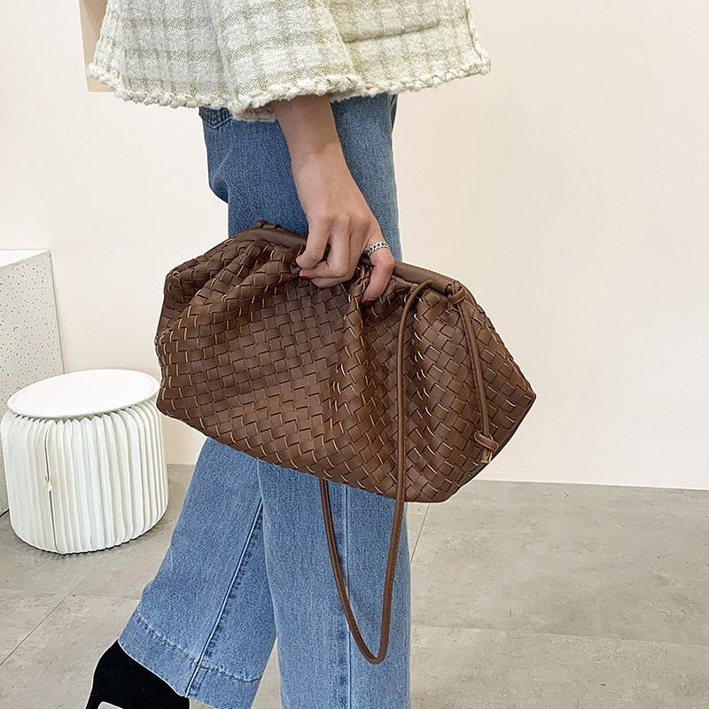 Women Simple Dumplings Handbag Designer Retro Fashion Cloud Female Crossbody Shoulder Washable Bags Tide Messenger Clutch Bags