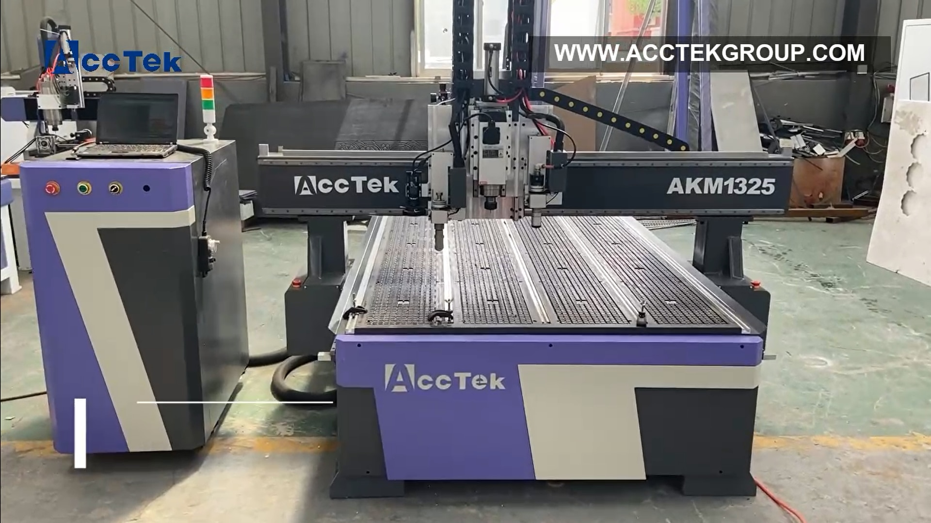 Woodworking CNC Router Machine with Oscillating Knife Cutting Tool Cloth Paper Fabric Leather Foam Cutting Wood Furniture Makin enlarge