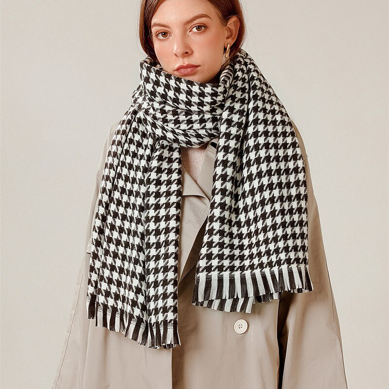 Thousand bird lattice scarf women's winter 2021 new lattice scarf imitation cashmere warm tassel shawl thiened Bib