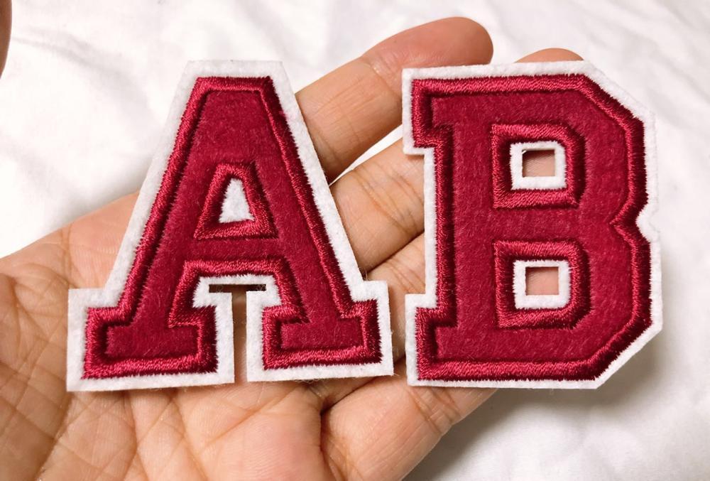 Красный вышитый Железный на буквах или цифрах аппликация патч, Железный на имя буквы патч для футболки или пальто, Украшение железа на Patc