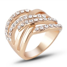Beiver Fashion Crystal Ringen hoge kwaliteit Goud Kleur Sieraden Groothandel Trouwringen Vrouwelijke engagement accessoires