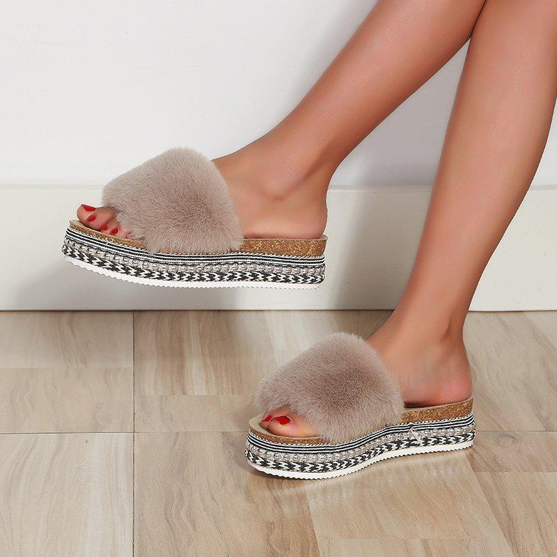 Luxury Women Fur Rhinestone Slippers Platform Wedges Heel Solid Fluffy Furry Designer Slides Outside Sexy Shoes Ladies Sandals