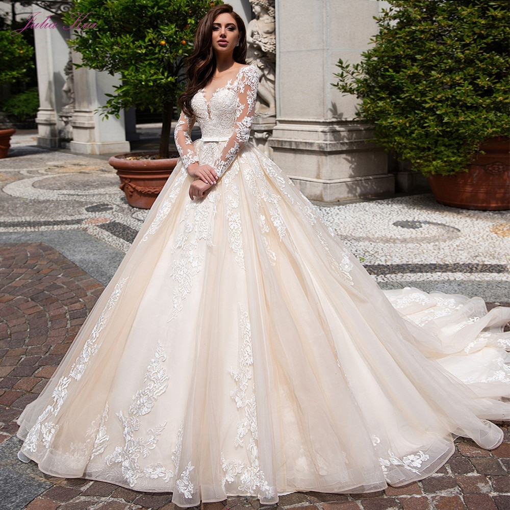 Get Julia Kui Full Sleeve Of Vintage Ball Gown Wedding Dress With Scoop Neckline Of Chapel Train Bride Dress Full Sleeve