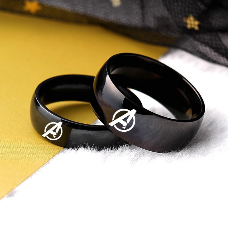 moredear-anillo-de-boda-de-acero-inoxidable-para-hombre-y-mujer-sortija-con-logotipo-de-los-vengadores-de-titanio-negro
