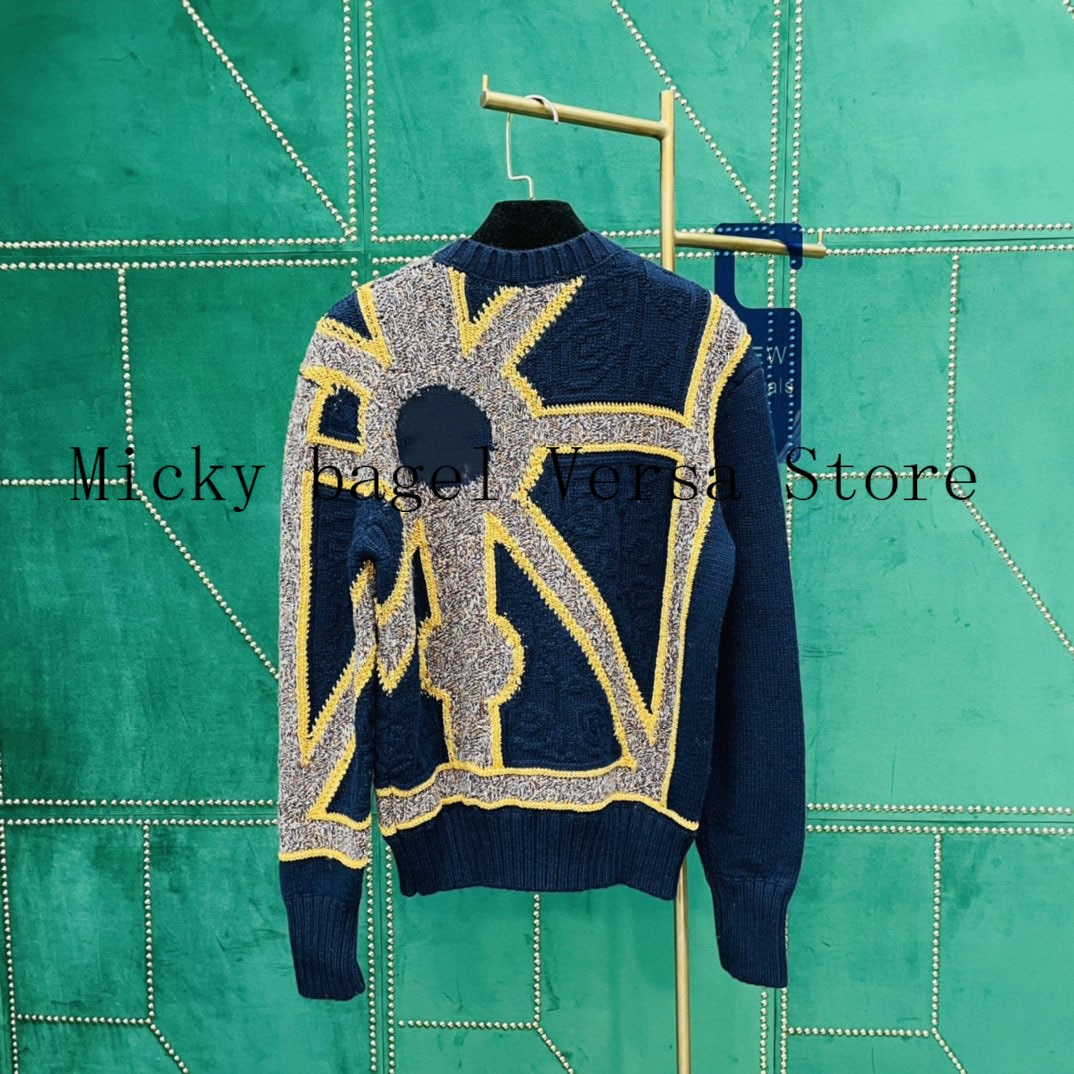 2021 luxury brand gold and silver line printing fashion women's top temperament round neck versatile loose long sleeve Pullover enlarge