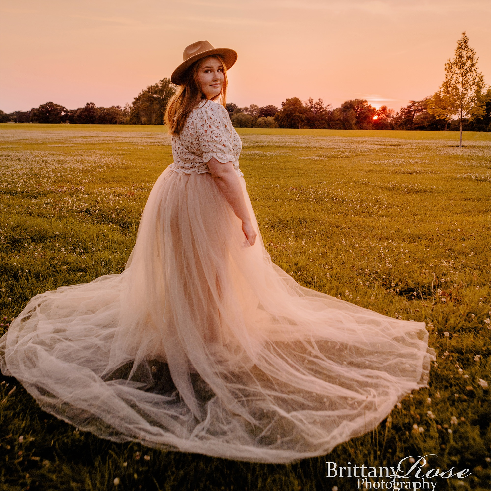 Don&Judy Elegant Tulle Maternity or Non Maternity Dress See Through Photo Shoot Retro BOHO Dress Gown for Baby Showers Plus Size