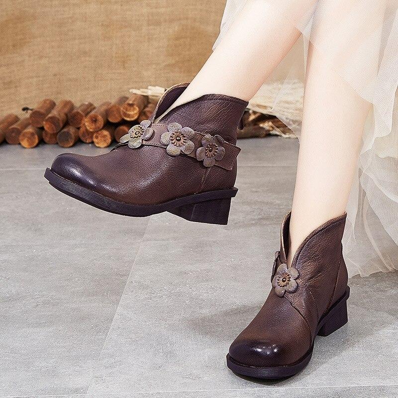 موضة أحذية النساء قصيرة حذاء امرأة مسطحة الطرف الشتاء أحذية منصة الشتاء أحذية امرأة غير رسمية الشتاء