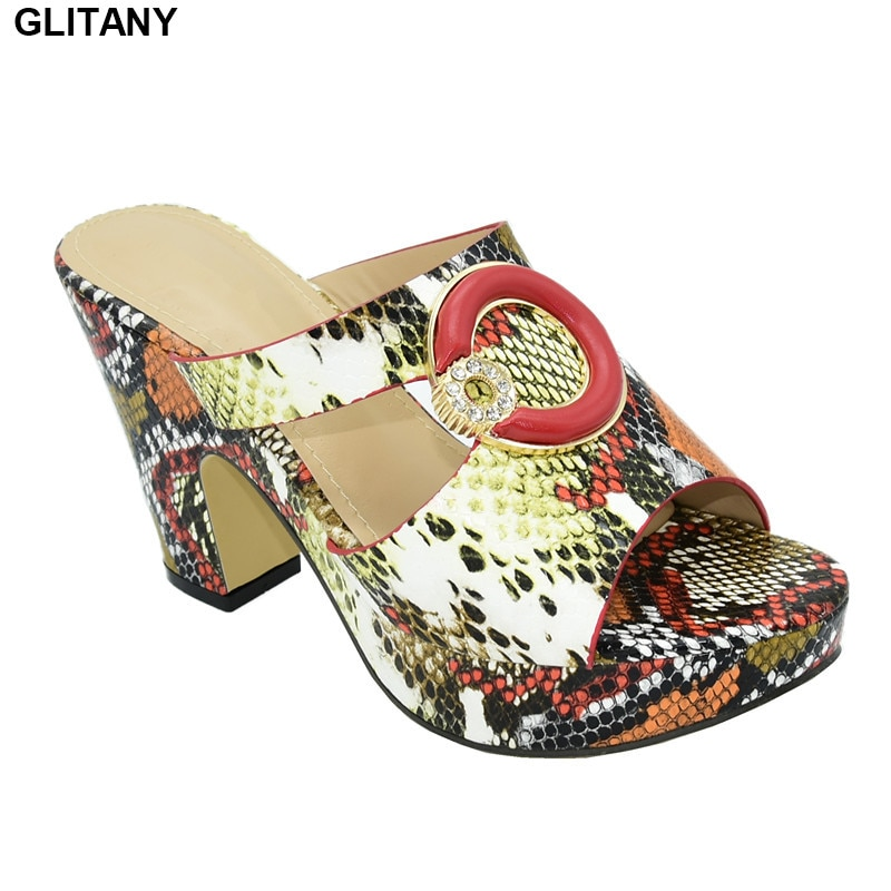 El último diseño de boda de las mujeres zapatos de tacón altos italiano Zapatos nigerianos sin bolsa encuentro zapatos sin bolsa