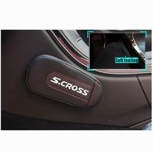 Cojín de pierna de cuero de alta calidad, almohadilla para el brazo de la puerta del coche, accesorios interiores para el coche Suzuki Scross