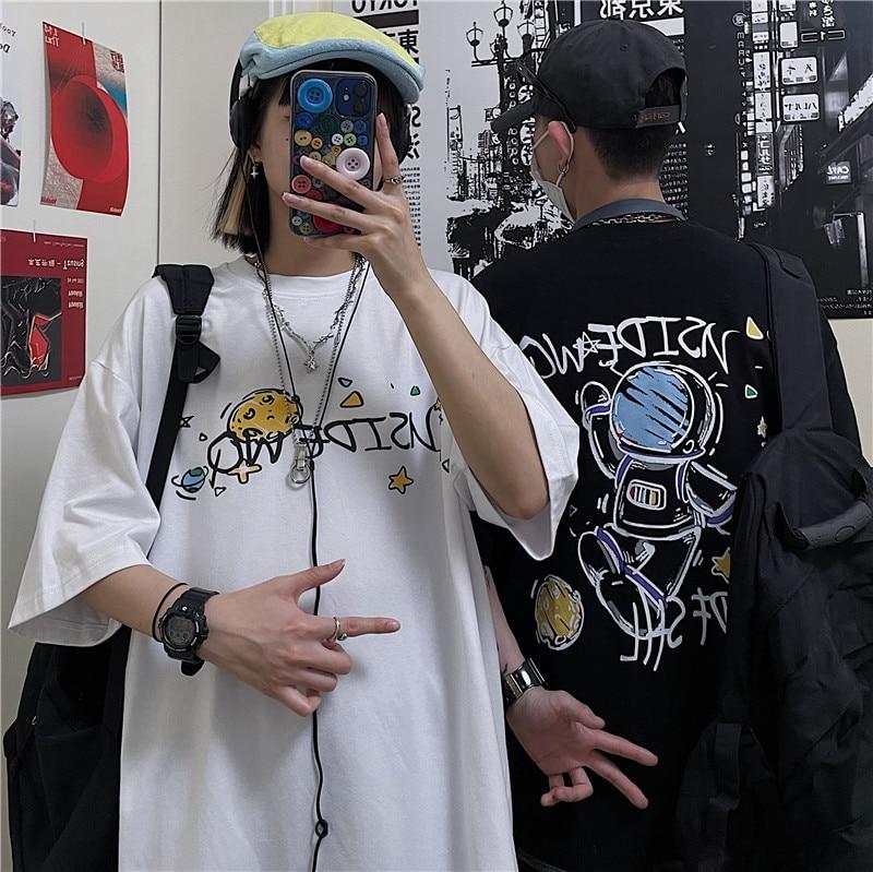 Hip Hop Oversize Washed T-Shirt Streetwear Harajuku Ripped Graphic Printed Women Men Spring Summer Short Sleeve Shirt Couples