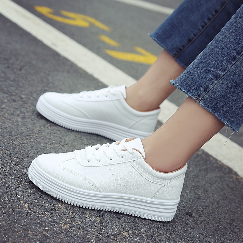 White Shoes Women Sneakers Casual Women Flats Brand Sneakers Female Footwear Thick Sole Height Increasing Shoes 3cm A1526