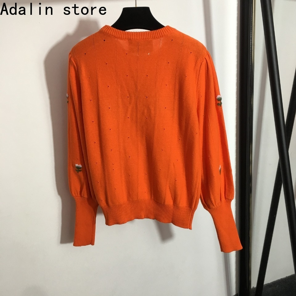 2021 high quality autumn and winter new women's flower sweet temperament round neck long sleeve Knitted Top temperament sweater enlarge