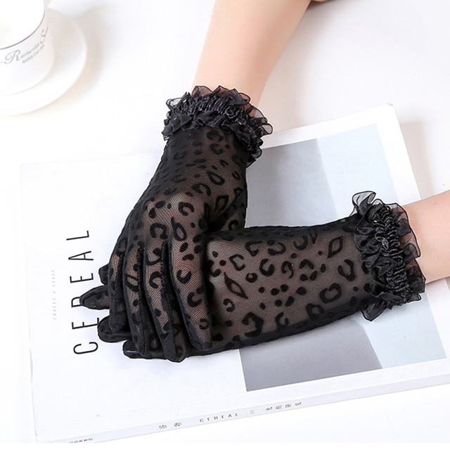 1 Pair Fashion Sexy Leopard Women Lace Sunscreen UV-Proof Driving Gloves Ladies Mesh Short Thin Gloves