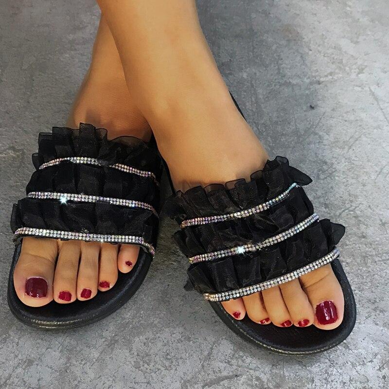 Nova chegada 2020 das mulheres strass glitter cristal slide footbed sandália rendas arrastar plana flip flops deslizamento em mulas sapatos de verão