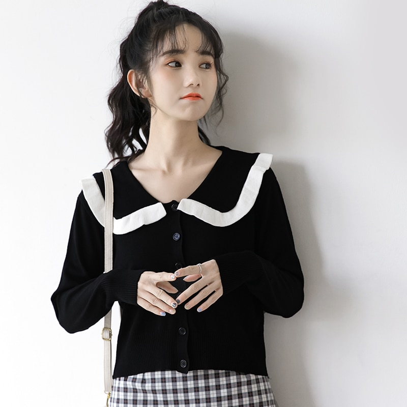 Spring 2021 New Peter Pan Knitted Cardigan Coat Women's Thin Student Short Long Sleeve Black with a