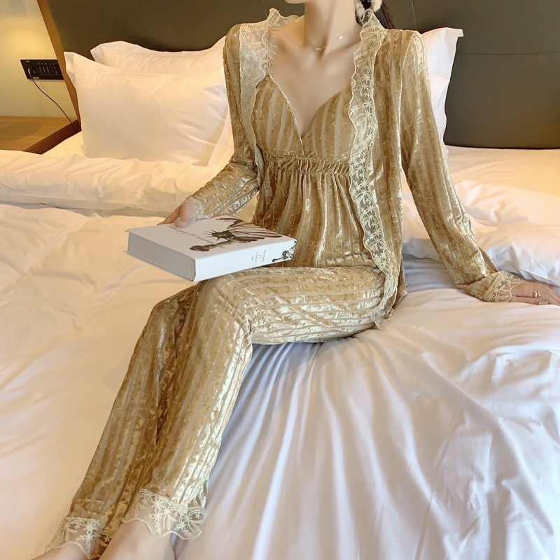 الذهب المخملية منامة المرأة ثلاث قطع الدانتيل صغيرة حبال سترة سترة طويلة الأكمام المرأة المنزل الملابس يمكن ارتداؤها خارج