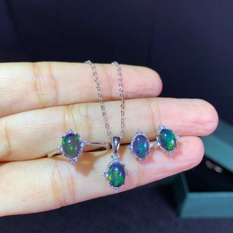 MDINA Natural Black Opal Suit, Ring Necklace , Beautiful Fire, Wonderful Starlight Patterns, 925 Silver