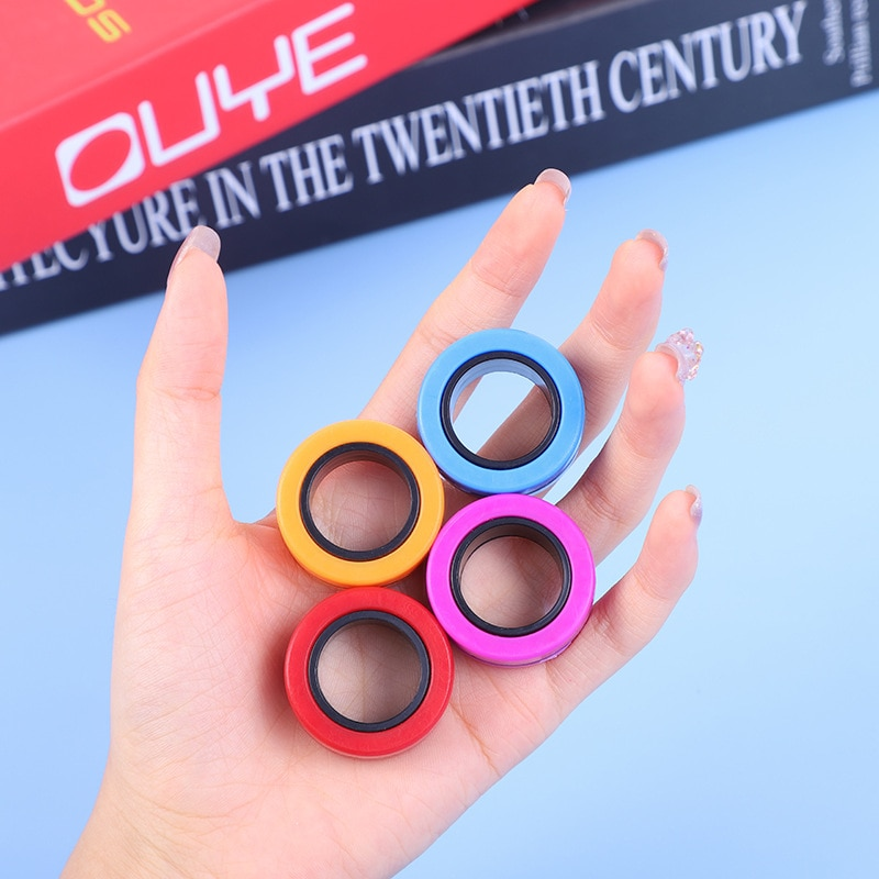 Anti-Stress Magnetic Rings Magnetic Bracelet Ring Unzip Toy Magic Ring Props Tools Decompression toys Magnetic Bracelet Ring fun magic props infinite loop magic trick magic wire puzzle spiral illusion metal spring magic ring adhd anti stress toy gift