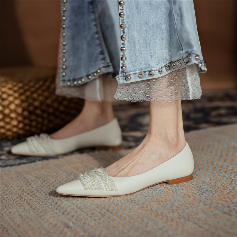 2021 Spring Women's Flats Shoes Pointed Toe Shallow Mouth Pearl Chain Single Shoe Flat Heels Shoes Woman Ballet Flats Sheepskin