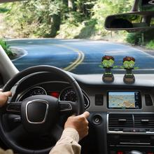 Décorations de voiture décoration intérieure de voiture   Cadeau dhalloween poupée solaire innovante de balançoire, décorations de voiture, accessoires décoratifs de jouets