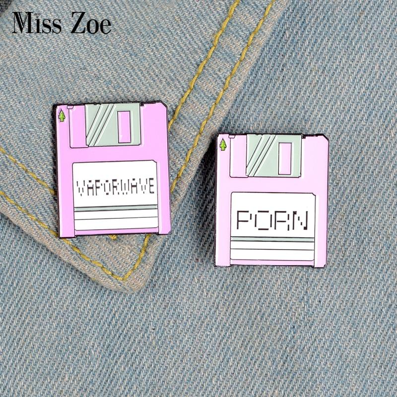 Shh! Arquivo secreto do Esmalte Pins Personalizados Vaporwave Saco Roupas Broches Emblema Do Pin de Lapela Rosa Roxo Engraçado Jóias Presente para Amigos