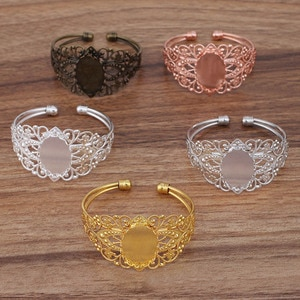 50pcs Open cuff Bangle Bracelet with Filigree Flower 30x40mm Oval Glass Cameo Bases Blanks Bracelet Settings Bangles for Women