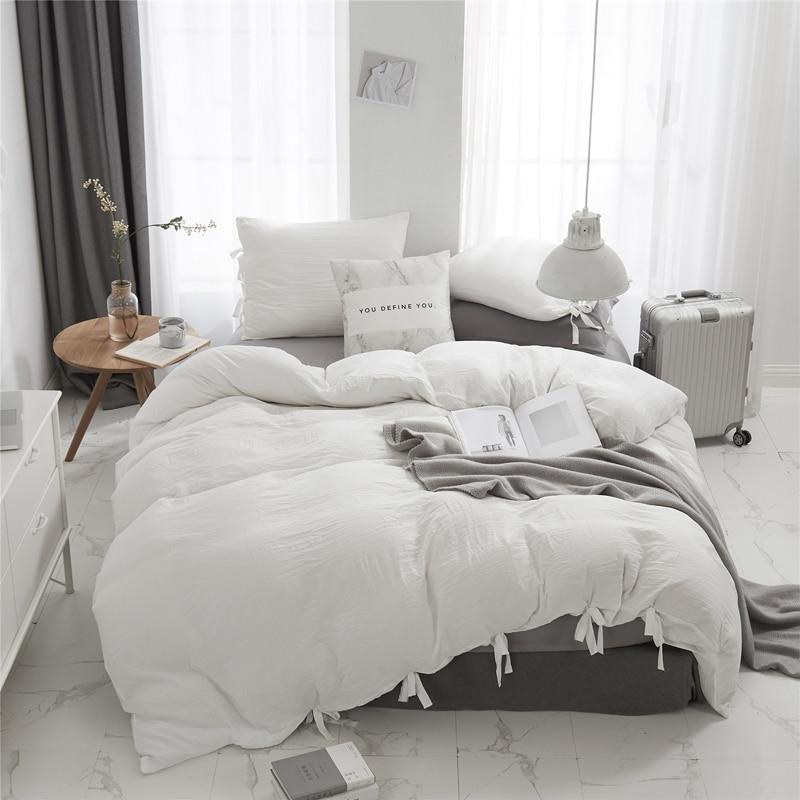 الشمال الصلبة بسيطة الأبيض الأزرق حاف مجموعة غطاء مع العلاقات بياضات سرير المفارش لحاف الملكة حجم المفرش طقم سرير البوليستر