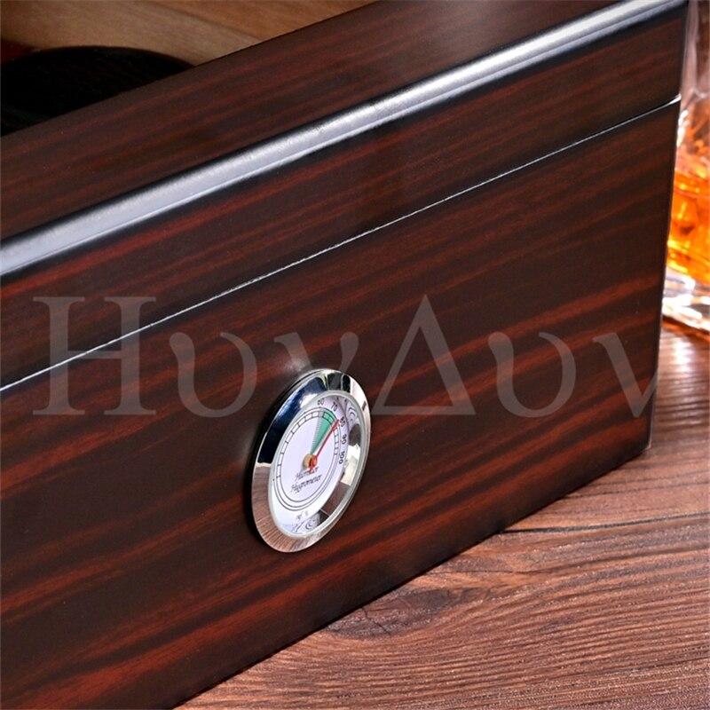 Caixa de cedro umidificador cla-20eaa pode conter cerca de 50 charutos enlarge