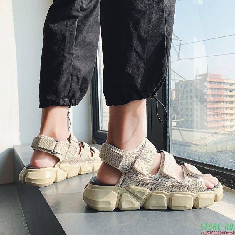 Men's Sandal 2021 New Fashion Trend Flip-flop Sports Leisure Breathable Beach Shoes Non-slip Soft Sole Casual Shoes Men Slippers