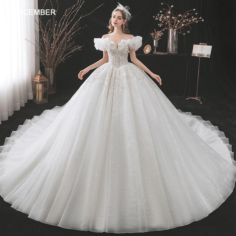 فستان زفاف HLF59 الأكثر مبيعًا بأكمام قصيرة بأربطة من الخلف على شكل أميرة دانتيل على شكل قلب للبنات لحفلات الزفاف Vestidos De Boda