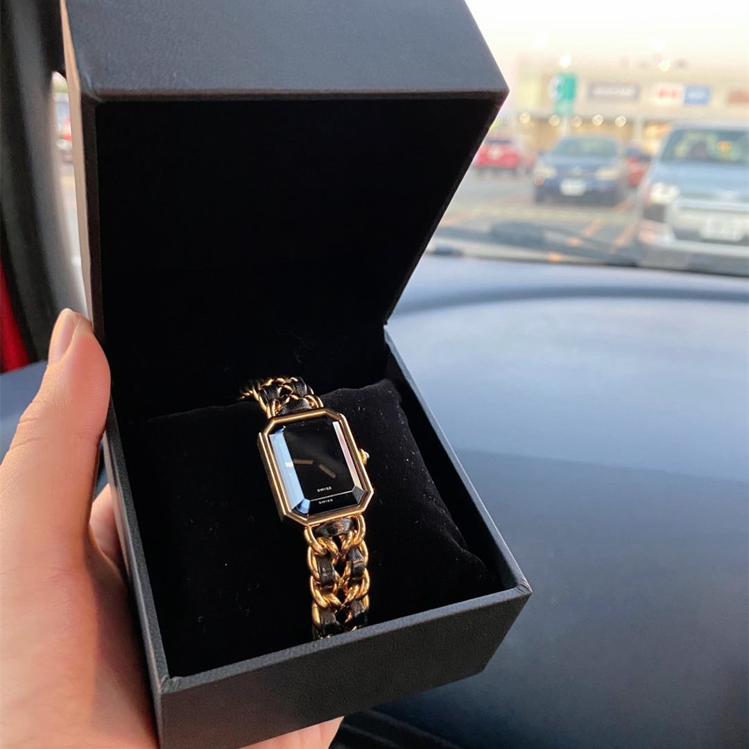 021 Trend Women's Quartz Watch Superior Quality Luxury