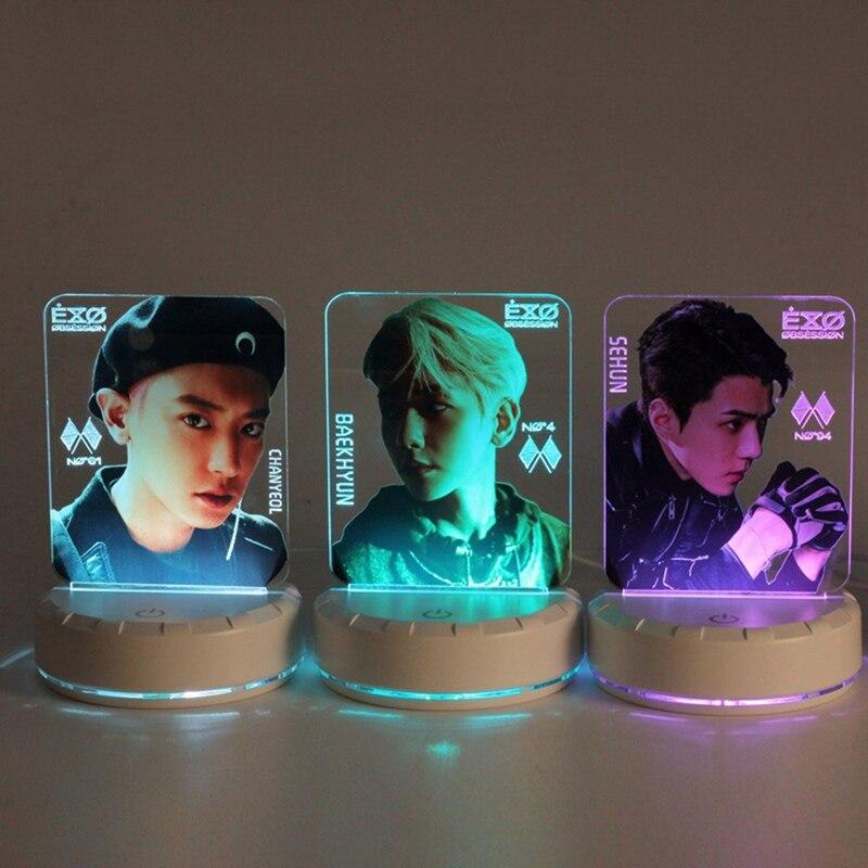 2020 EXO baekhyun y chanyeol SEHUN OBSESSION lámpara de mesa palo de luz LED noche lámpara de noche Lightstick Luminou conjunto de papelería