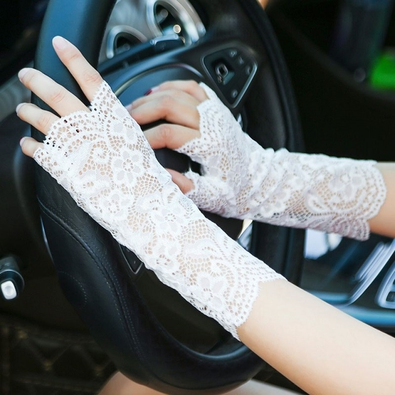 Spring Summer WomenS Sunscreen Short Gloves Fashion Sexy Fingerless Lace Driving And