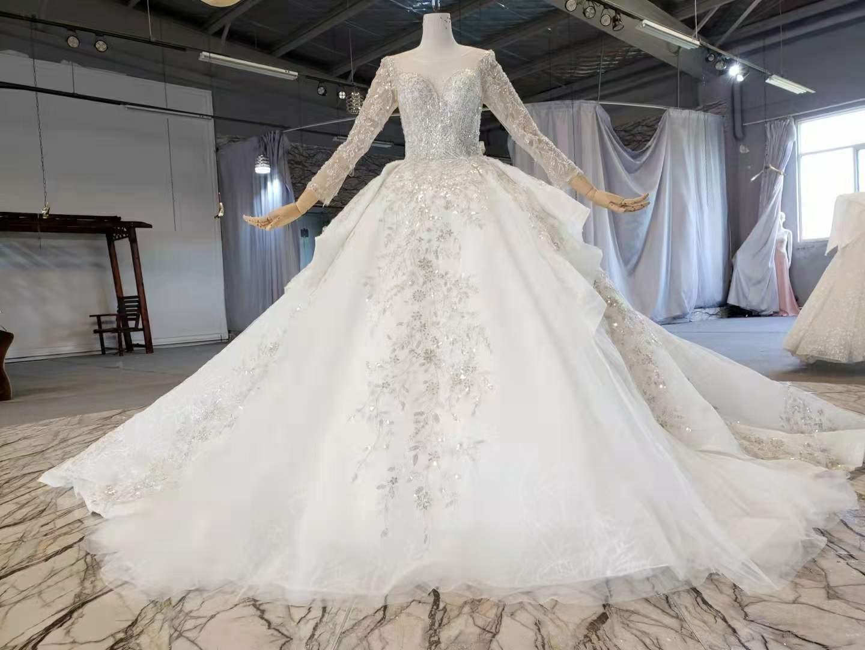 العشاء رائع لامعة كريستال الدانتيل الكرة ثوب الزفاف مع قطار مصلى الخامس الرقبة القوس الكتف فساتين زفاف الأميرة