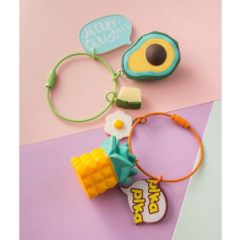 LLavero de cuerda de alambre para el coche, colgante creativo de aguacate, plátano, piña y fruta, accesorios para el coche, funda para llaves de moda para hombres y mujeres