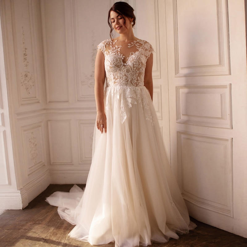 Luxury Wedding Dress Embroidered Lace Boat Neck Ball Gowns Sleevelesswith Appliques Sashes Vestido De Noiva Plus Size Button